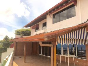 Casa En Venta En Caracas, Alto Prado, Venezuela, VE RAH: 16-15739