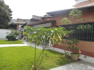 Casa En Venta En Caracas - La Floresta Código FLEX: 16-15797 No.7