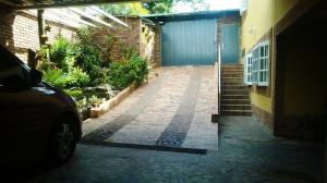 Casa En Venta En Caracas, Loma Larga, Venezuela, VE RAH: 16-15720