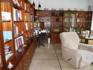 Casa En Venta En Caracas - La Floresta Código FLEX: 16-15797 No.15