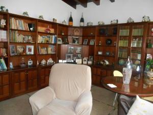 Casa En Venta En Caracas - La Floresta Código FLEX: 16-15797 No.16