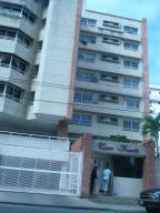 Apartamento En Venta En Lecheria, Casco Central, Venezuela, VE RAH: 16-13194