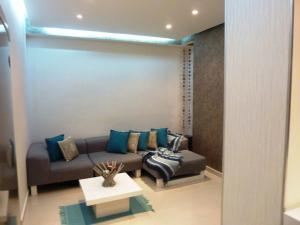 Apartamento En Venta En Caracas, Bello Campo, Venezuela, VE RAH: 16-15769