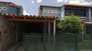 Apartamento En Venta En Guatire, El Castillejo, Venezuela, VE RAH: 16-15752