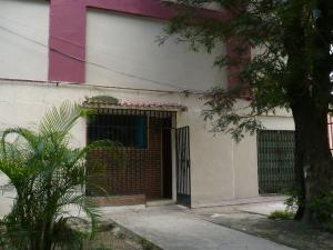 Apartamento En Venta En Caracas, Parroquia 23 De Enero, Venezuela, VE RAH: 16-15811