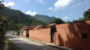 Casa En Venta En Maracay, Lomas De Palmarito, Venezuela, VE RAH: 16-15808