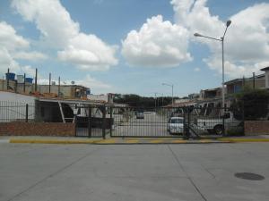 Casa En Venta En Municipio San Diego, Lomas De La Hacienda, Venezuela, VE RAH: 16-15814