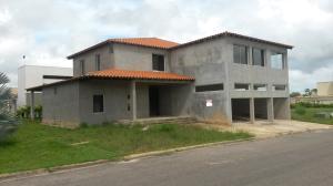 Casa En Venta En Maturin, San Miguel, Venezuela, VE RAH: 16-15745