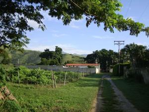 Terreno En Venta En Turmero, Valle De Paya, Venezuela, VE RAH: 16-15830