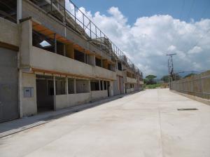 Galpon - Deposito En Venta En Intercomunal Maracay-Turmero, La Julia, Venezuela, VE RAH: 16-5197