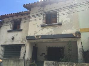 Casa En Venta En Caracas, La Campiña, Venezuela, VE RAH: 16-15842
