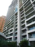 Apartamento En Venta En Valencia, La Trigaleña, Venezuela, VE RAH: 16-15857