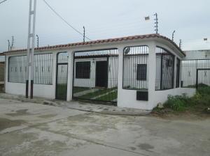 Casa En Venta En Guacara, Carret Guacara - San Joaquin, Venezuela, VE RAH: 16-16174