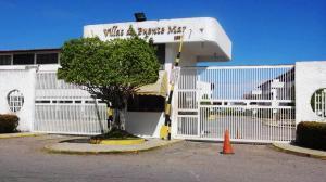 Apartamento En Ventaen Higuerote, Higuerote, Venezuela, VE RAH: 16-17075