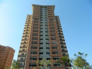 Apartamento En Venta En Valencia, Las Chimeneas, Venezuela, VE RAH: 16-15862