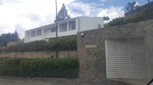 Casa En Venta En Caracas, La Lagunita Country Club, Venezuela, VE RAH: 16-15876