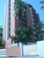 Apartamento En Venta En Lecheria, Casco Central, Venezuela, VE RAH: 16-15874