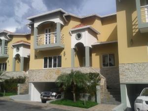 Casa En Venta En Maracay, Cantarana, Venezuela, VE RAH: 16-15509