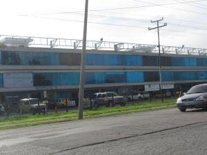 Local Comercial En Venta En Valencia, Zona Industrial, Venezuela, VE RAH: 16-15880