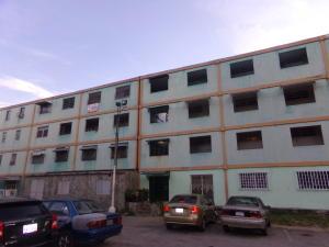 Apartamento En Venta En Valencia, La Isabelica, Venezuela, VE RAH: 16-15909