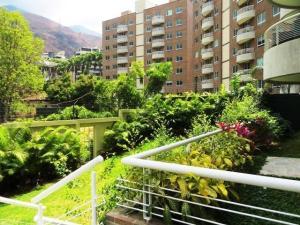 Apartamento En Alquiler En Caracas, Los Chorros, Venezuela, VE RAH: 16-15912