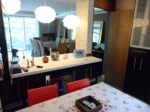 Apartamento En Alquiler En Caracas - Los Chorros Código FLEX: 16-15912 No.3
