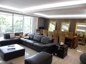 Apartamento En Alquiler En Caracas - Los Chorros Código FLEX: 16-15912 No.6