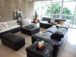 Apartamento En Alquiler En Caracas - Los Chorros Código FLEX: 16-15912 No.12