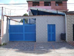 Apartamento En Venta En Ciudad Bolivar, Andres Eloy Blanco, Venezuela, VE RAH: 16-15918