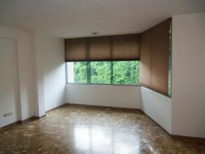 Apartamento En Venta En Caracas, Santa Ines, Venezuela, VE RAH: 16-15939