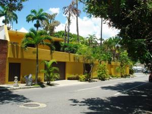 Casa En Venta En Caracas, Prados Del Este, Venezuela, VE RAH: 16-15941