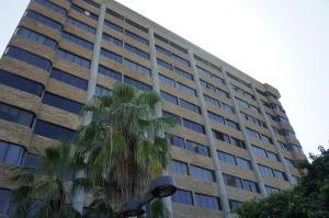 Apartamento En Venta En Parroquia Caraballeda, Caribe, Venezuela, VE RAH: 16-15961
