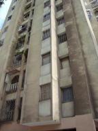 Apartamento En Venta En Caracas, Palo Verde, Venezuela, VE RAH: 16-15970