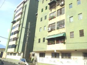 Apartamento En Venta En Municipio Naguanagua, Casco Central, Venezuela, VE RAH: 16-15986