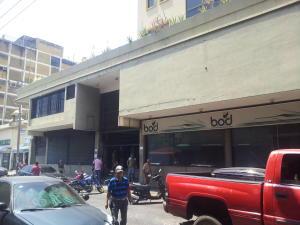 Local Comercial En Venta En Valencia, Centro, Venezuela, VE RAH: 16-15997