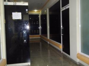 Local Comercial En Alquiler En Maracaibo, Circunvalacion Dos, Venezuela, VE RAH: 16-15998