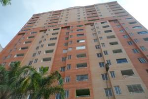 Apartamento En Venta En Valencia, La Trigaleña, Venezuela, VE RAH: 16-16005