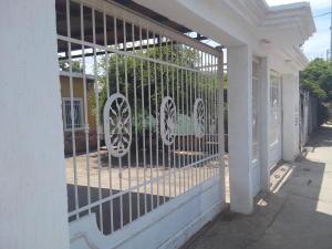 Casa En Venta En Cabimas, 5Bocas, Venezuela, VE RAH: 16-16019
