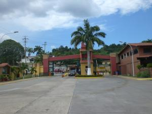 Casa En Alquiler En Guatire, Villa Del Este, Venezuela, VE RAH: 16-14823