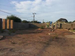 Terreno En Venta En Maracaibo, La Macandona, Venezuela, VE RAH: 16-16015