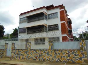 Apartamento En Venta En Caracas, El Marques, Venezuela, VE RAH: 16-16071