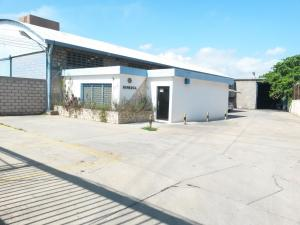 Galpon - Deposito En Alquiler En Maracaibo, Monte Claro, Venezuela, VE RAH: 16-16070