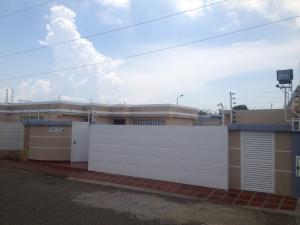 Townhouse En Venta En Maracaibo, La Picola, Venezuela, VE RAH: 16-16076