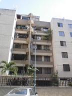 Apartamento En Venta En Caracas, Miranda, Venezuela, VE RAH: 16-16082