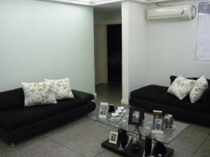 Apartamento En Venta En Ciudad Ojeda, La N, Venezuela, VE RAH: 16-16091