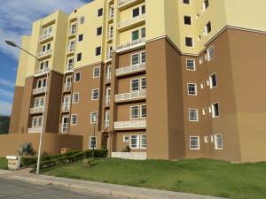 Apartamento En Venta En Intercomunal Maracay-Turmero, Intercomunal Turmero Maracay, Venezuela, VE RAH: 16-16096
