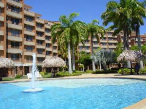 Apartamento En Venta En Rio Chico, Los Canales De Rio Chico, Venezuela, VE RAH: 16-16199