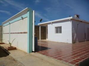 Casa En Venta En Punto Fijo, Guanadito, Venezuela, VE RAH: 16-16112