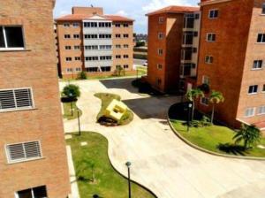 Apartamento En Venta En Punto Fijo, Casacoima, Venezuela, VE RAH: 16-16116