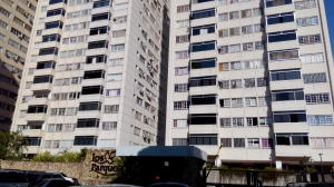 Apartamento En Venta En Caracas, Santa Fe Norte, Venezuela, VE RAH: 16-16762